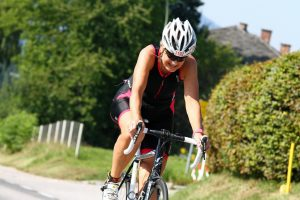 Brigitte Pirker beim Triathlon